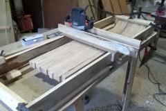Dřevěné umyvadlo - frézování